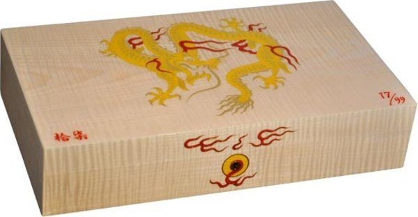 Elie Bleu Golden Dragon limitierte Auflage Humidor aus Natureiche