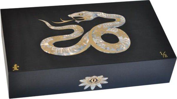 Cave Elie Bleu Nacre Serpent Edition limitée Noire (numérotée 1-8)