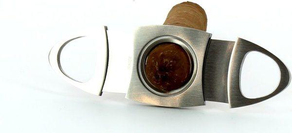 Adorini coupe-cigares oval en acier raffiné