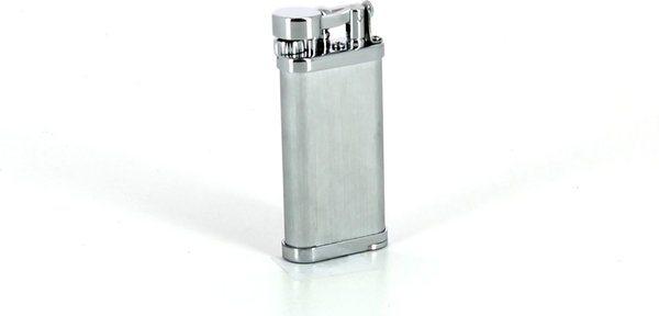 IM Corona Pfeifenfeuerzeug Old Boy Chrom satiniert inklusive Pfeifenstopfer